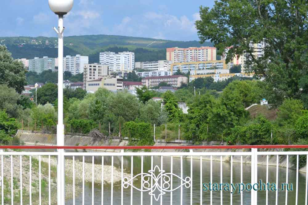 Дивноморский. Фото (441) Ю. Зотов, 2013