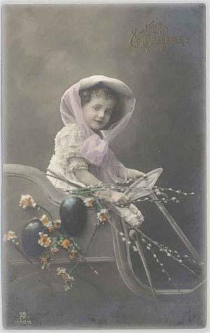 Ребенок за рулем авто и ветки вербы, 1912 год